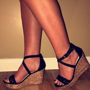 black high heel wedges 🖤👠